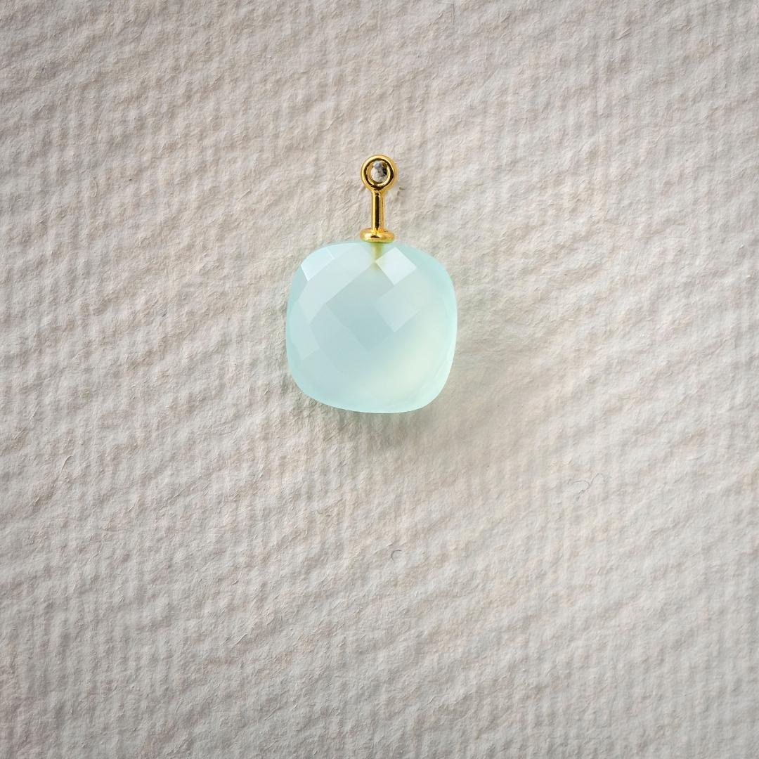 Chalcedon aquablau Antik Briolett 13x13mm